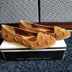 Shelly's London Tan Flats with Gold Stars